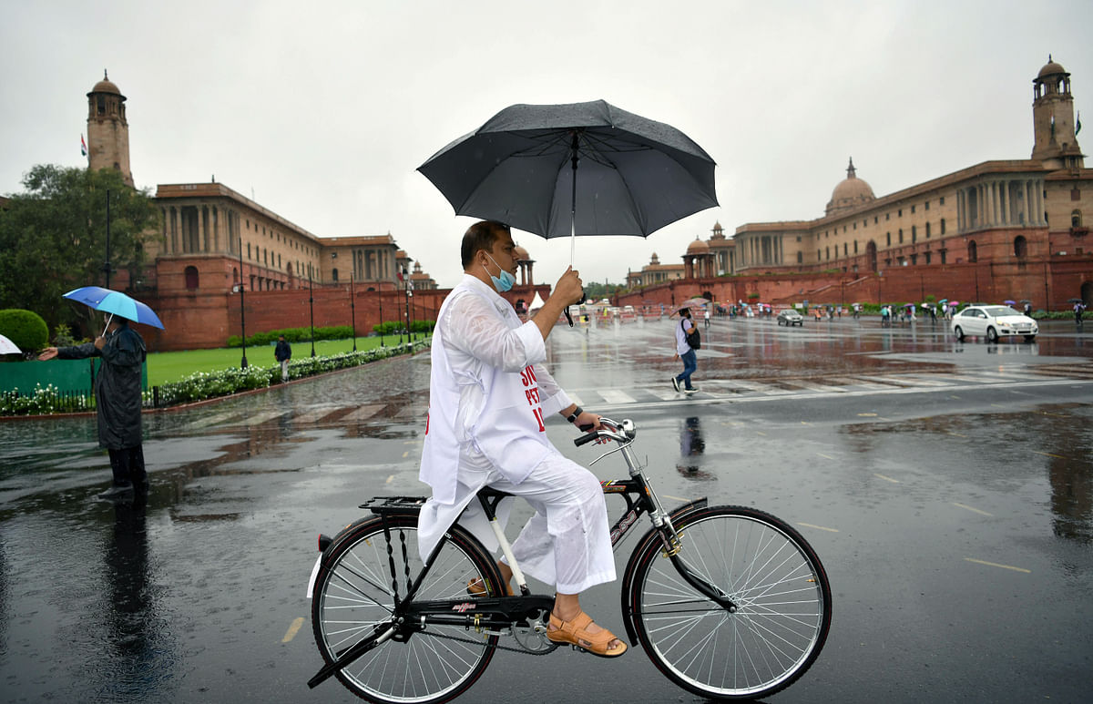 Parliament Monsoon Session: TMC leaders cycle to work as sign of protest against fuel, LPG price hike