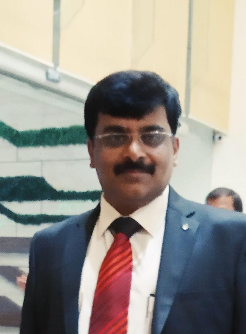 Indore: Professor Shrivasta is new dean of management faculty at Devi Ahilya Vishwavidyalaya