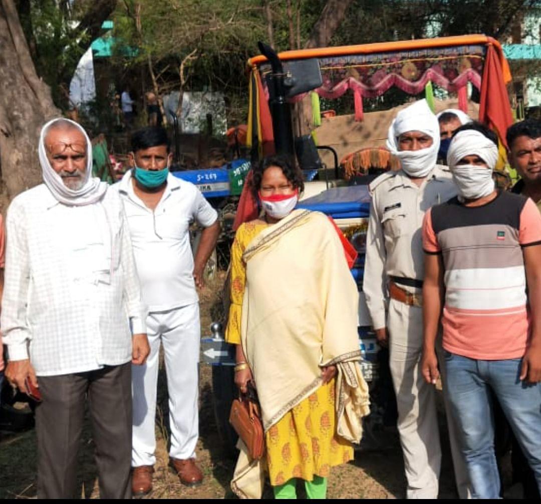 File Photo: Shradha Pendre after a raid on illegal sand mafia in Morena