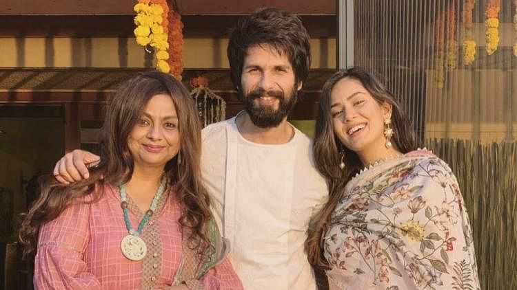 Watch: Shahid Kapoor's mom Neelima Azeem is every Indian mom ever as she complains about actor using phone during family get-together