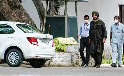 Punjab Cong revamp: Sidhu meets Sonia