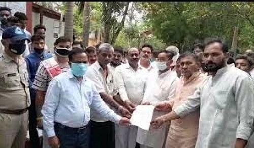 Members of Sakal Hindu Samaj submitted memorandum to SDM on Friday