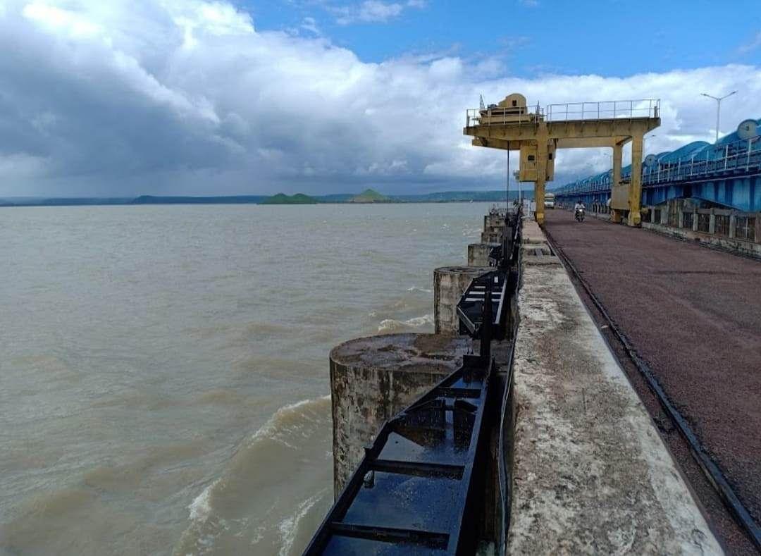 Rajghat dam in Guna district