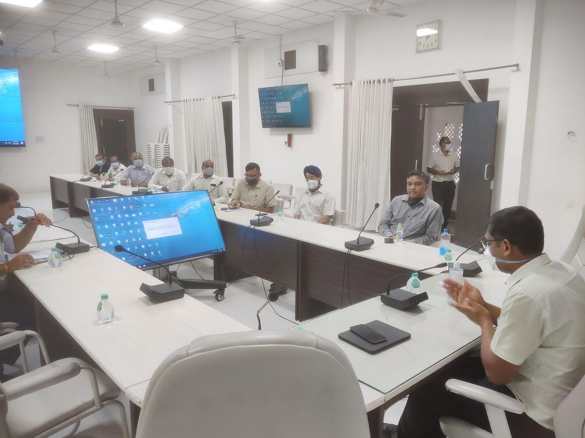 Entrepreneurs meet district officials at Brahaspati Bhavan in Ujjain on Friday
