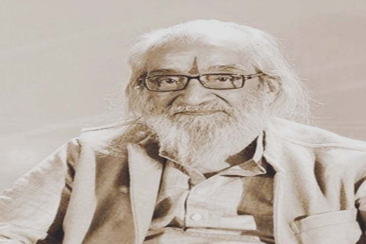 Over eight decades of his writing and theatre career, Balwant Moreshwar alias Babasaheb Purandare delivered more than 12,000 lectures on Chhatrapati Shivaji Maharaj, studied all the forts and history of the Maratha Empire, making him an authority on the subject