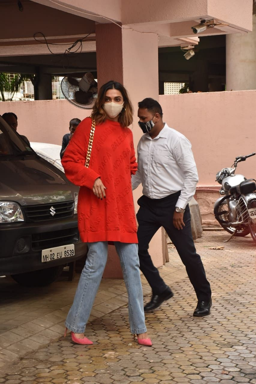 In Pics: Deepika Padukone, Kartik Aaryan spotted at Sanjay Leela Bhansali's office, fans say 'take my money already'