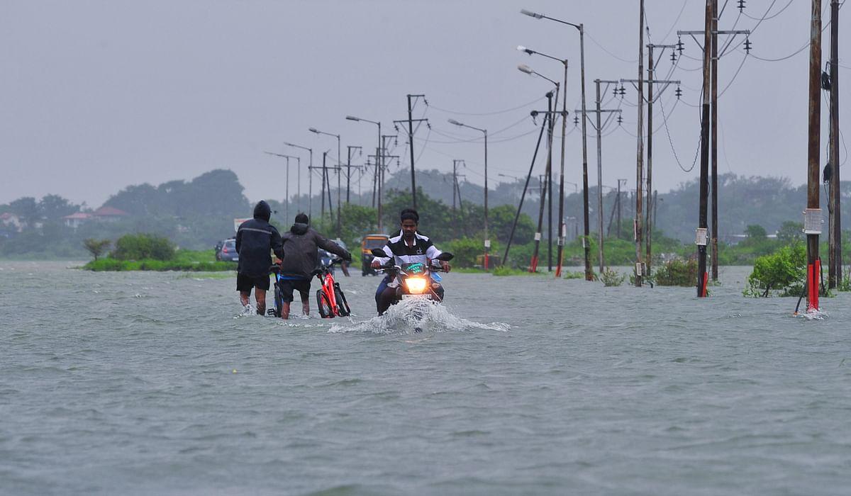 Watch video: Heavy rains causes waterlogging in Maharashtra's Bhiwandi