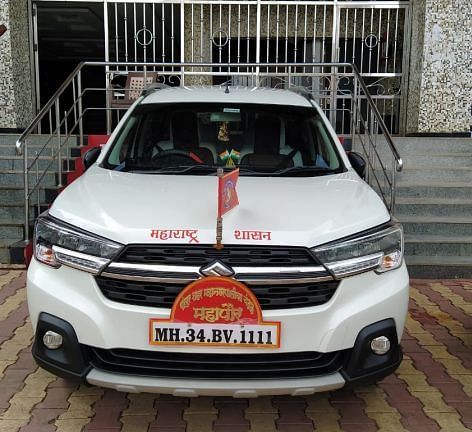 What! Chandrapur Municipal corporation spends Rs 70,000 on VIP number plate for Mayor's car