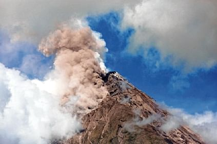 Philippines braces for volcano eruption, evacuations on