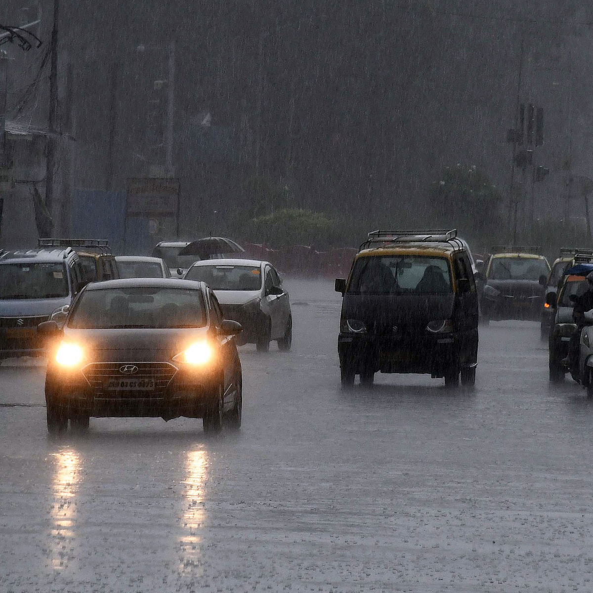 Mumbai weather update: IMD issues yellow alert for today, predicts moderate to heavy rainfall