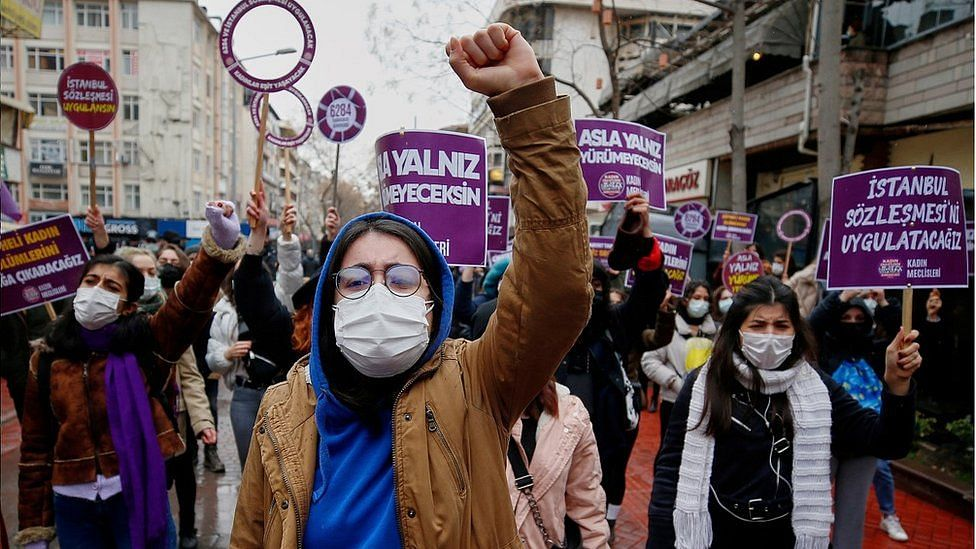 Turkey officially withdraws from treaty protecting women