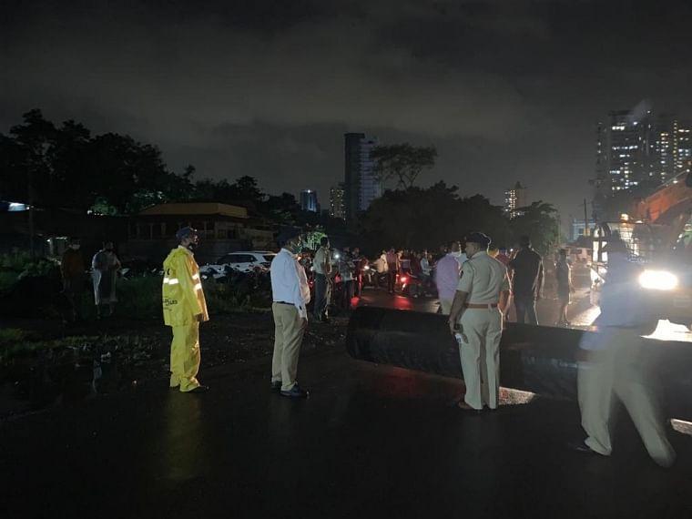 Thane: Traffic movement on Gandhari bridge in Kalyan resumes
