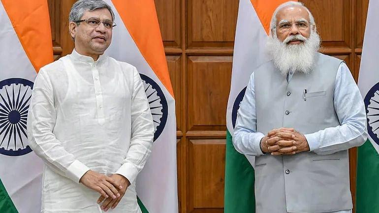 PM Modi extends birthday greetings to Railway Minister Ashwini Vaishnaw