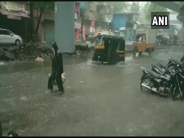 Thane: Heavy rains lead to severe waterlogging
