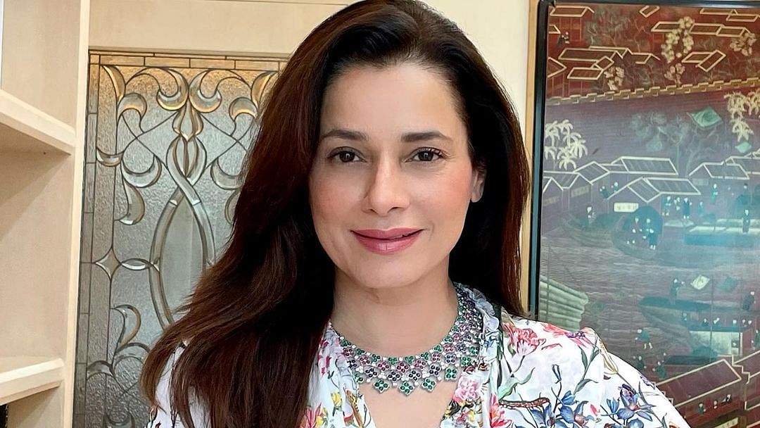 'They'll tell me to open up the neckline but...': Neelam Kothari talks about wearing conservative outfits