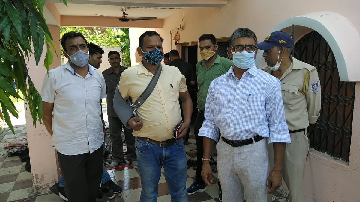 Rewa: Lokayukta police search at government officer's premises in 4 districts, properties worth over Rs 6 crore unearthed