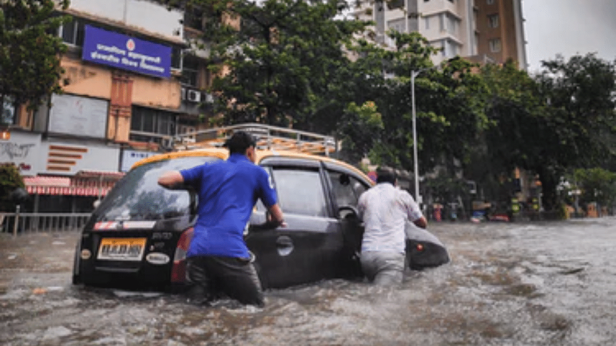 'Water all around but not in tap': Heavy rains lead to water-logging, power cut, and no water supply; enraged Mumbaikars complain virtually