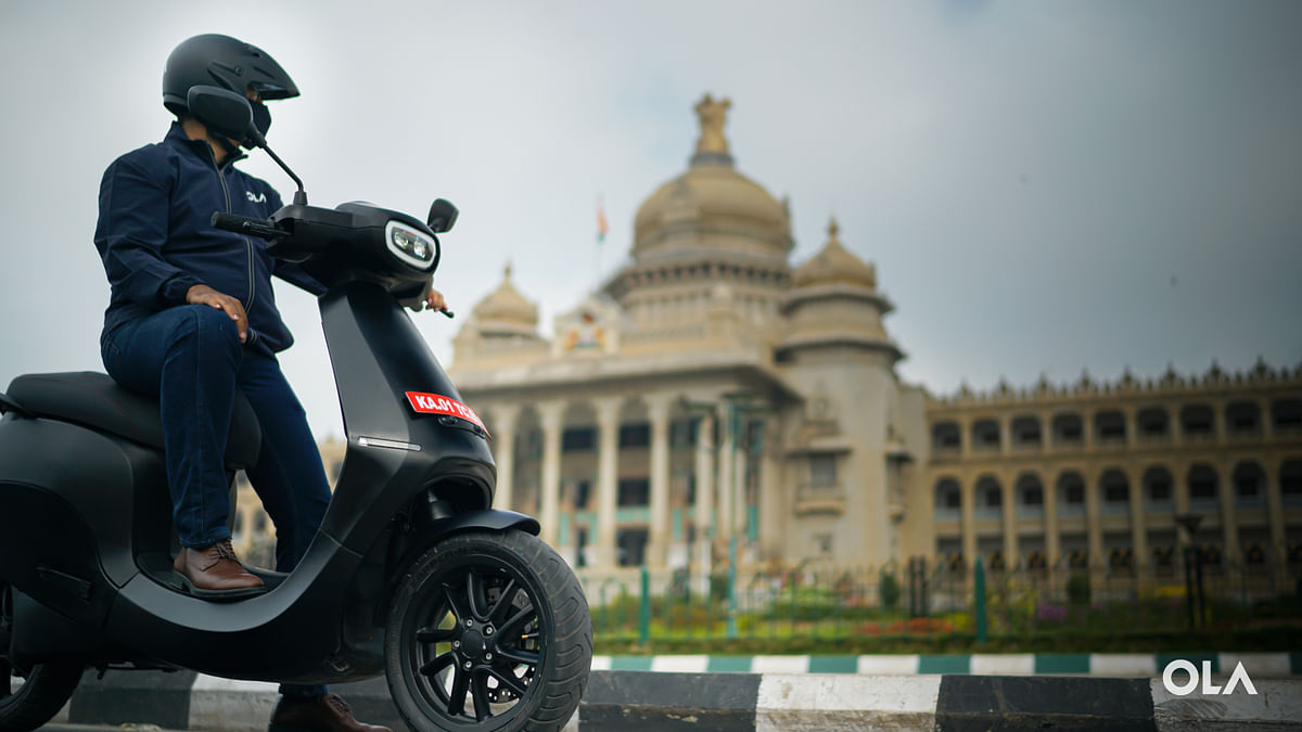 Ola scooter receives 100K bookings in a day; 'thrilled by tremendous response', says CEO Bhavish Aggarwal