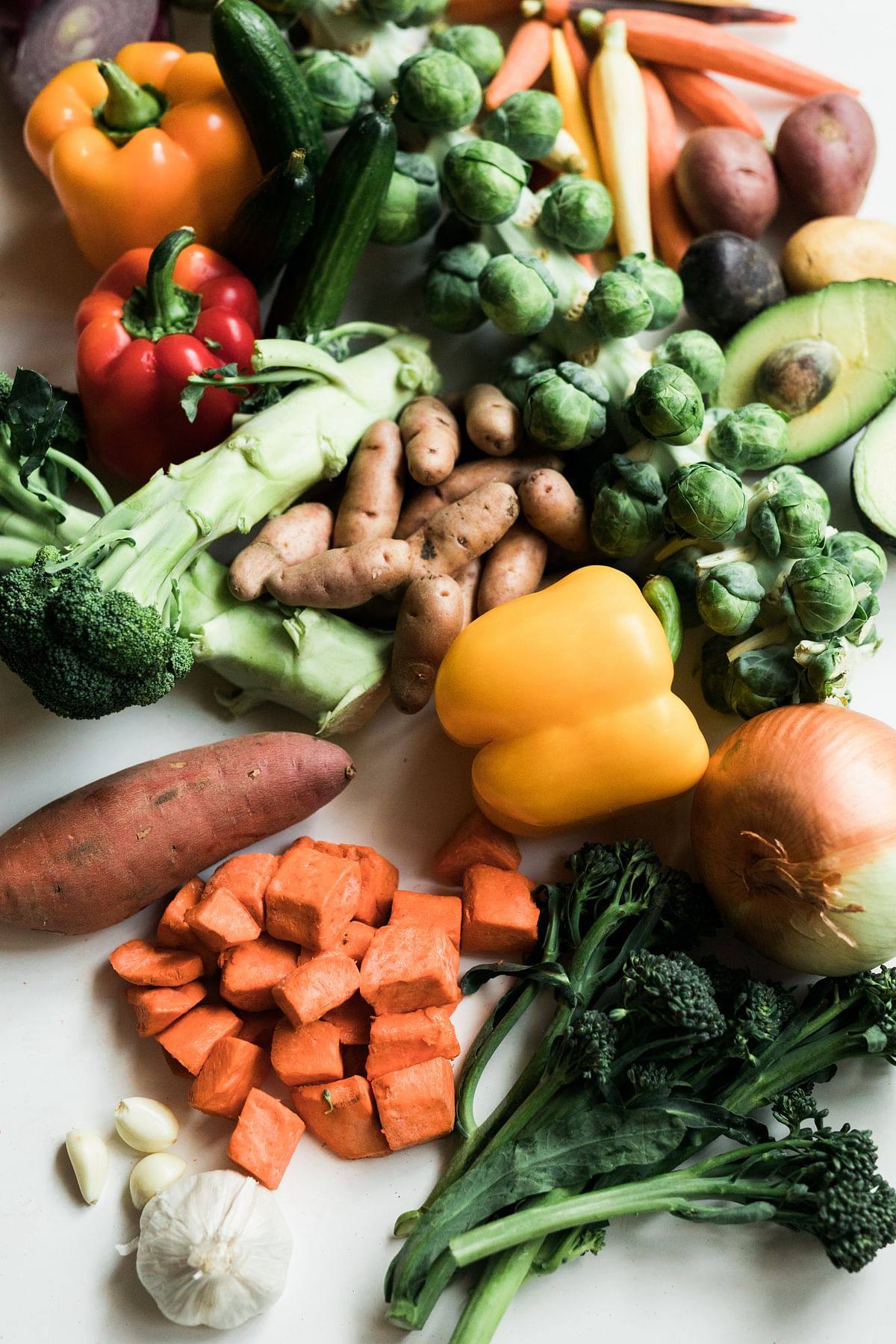 Senior Citizens: A balanced diet is necessary to have a healthy life