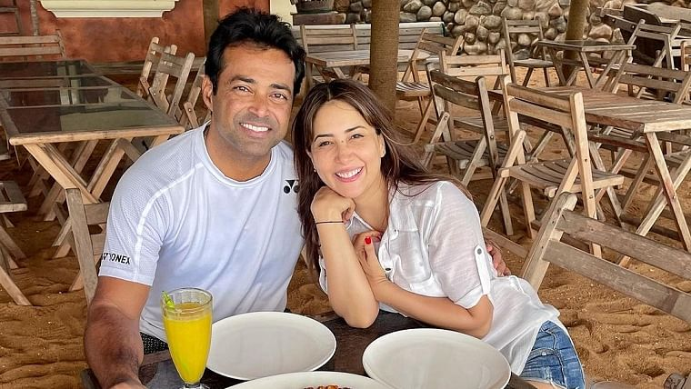 Are Kim Sharma and Leander Paes dating? Duo spotted holidaying in Goa; see pic