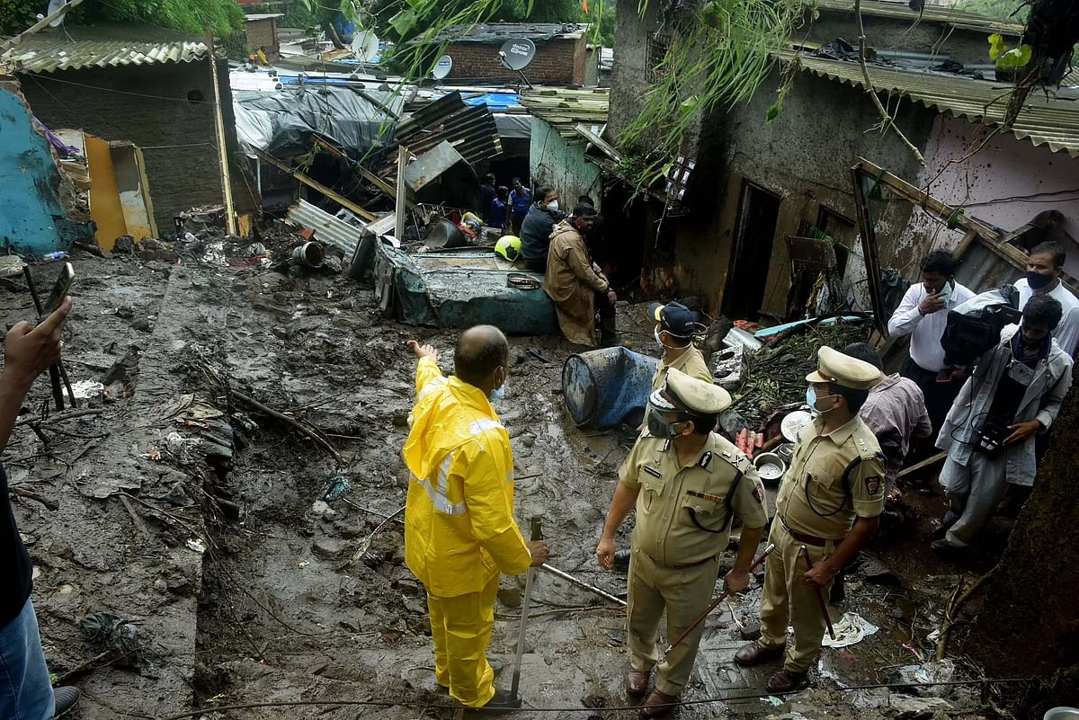 Mumbai: Residents of landslide-prone slums being moved to safety