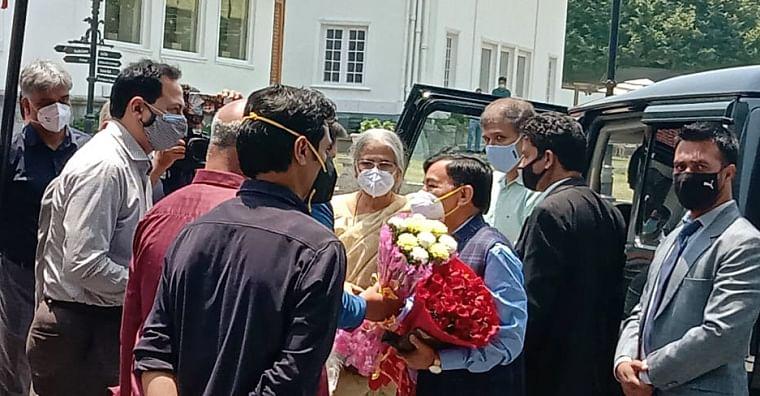 Delimitation Committee headed by Retired Justice Ranjana Prakash Desai arrives at Hotel Lalit, in Srinagar