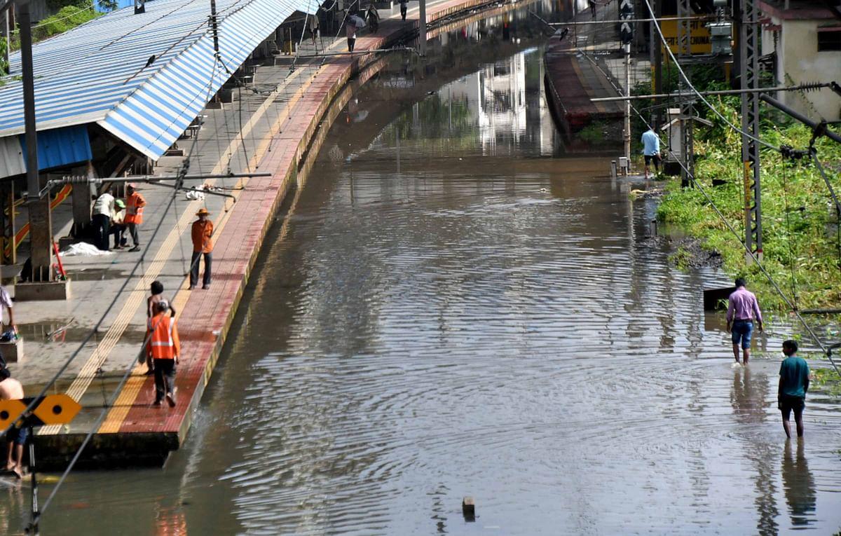 Mumbai: Rainfall throws public transport out of gear
