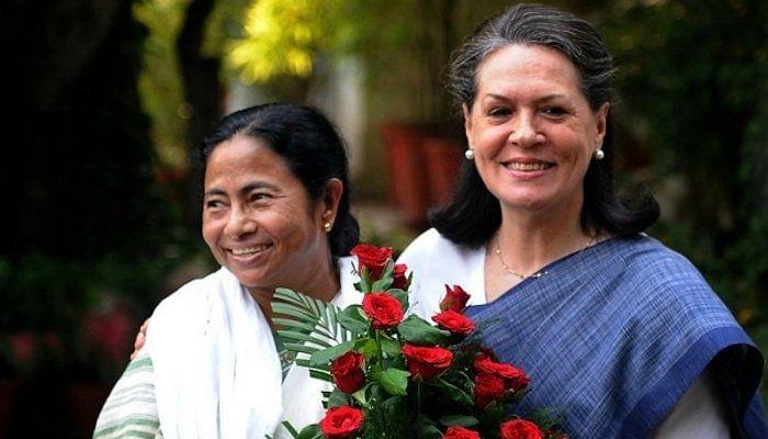 Delhi: West Bengal CM Mamata Banerjee meets Sonia Gandhi at 10 Janpath