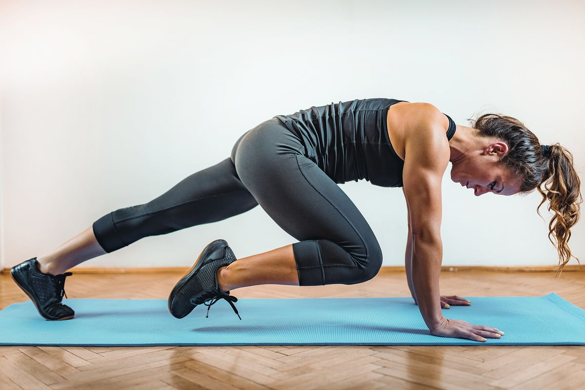 A guide to choosing the right yoga mat for home workouts