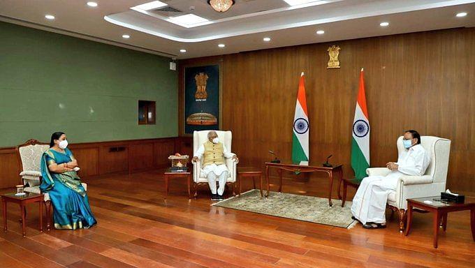 Madhya Pradesh Governor Mangubhai Chhaganbhai Patel called on Vice President M Venkaiah Naidu in New Delhi on Saturday