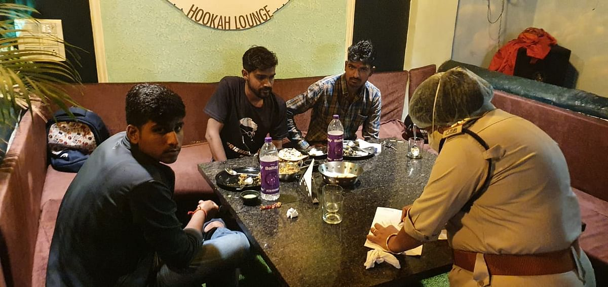 Bhopal: Even as Corona third wave looms, Bars abuzz with late-night booze parties