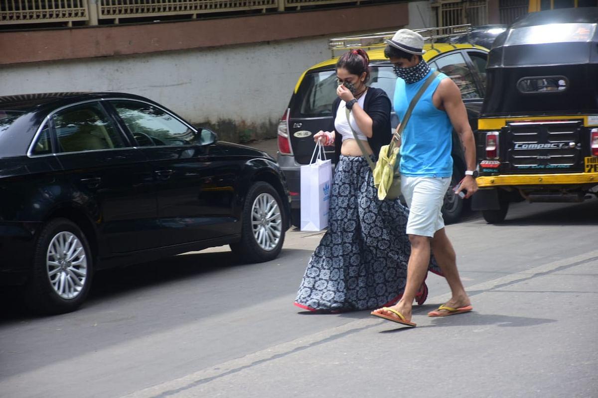 Paparazzi Files: Taimur Ali Khan steps out in Mumbai; Aamir Khan's daughter Ira goes shopping with beau Nupur Shikhare
