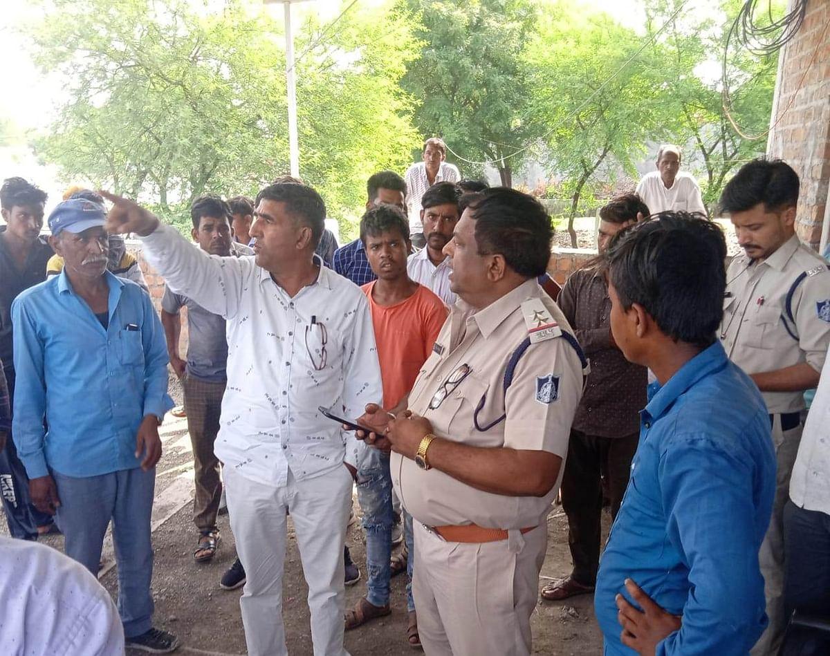 Villagers demanded police action against Kanjars