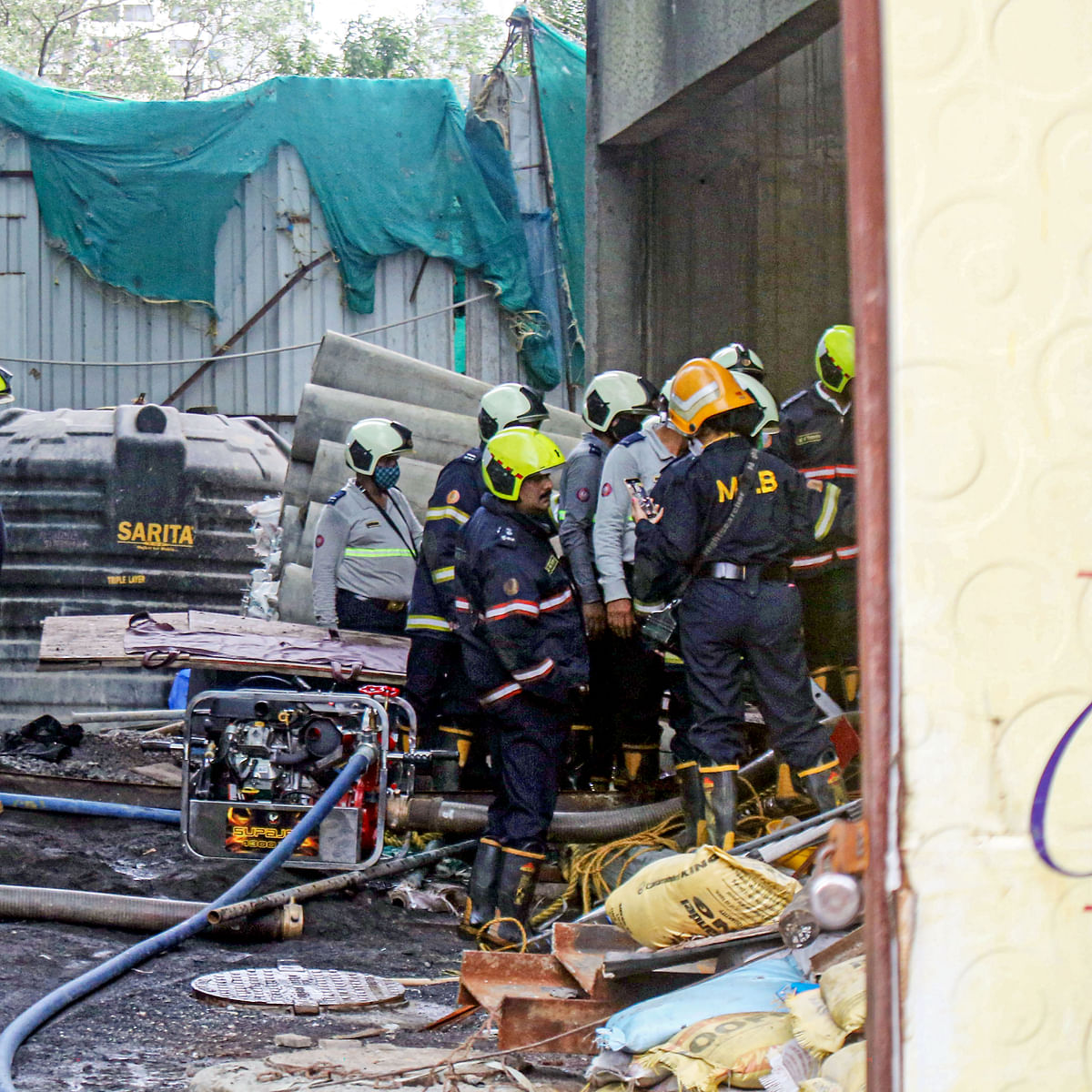 Mumbai: Toll in Worli lift collapse rises to 6; building contractor, supervisor held