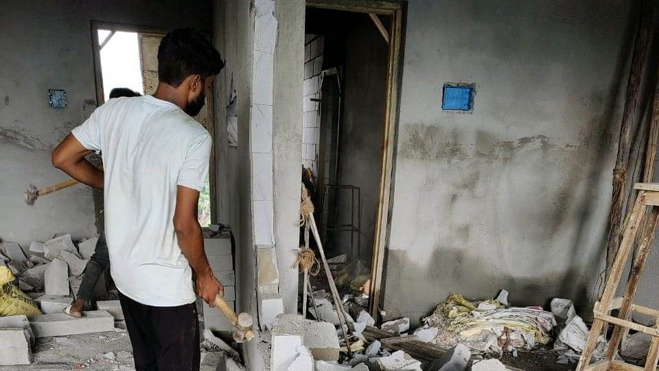 Mumbai: NMMC demolishes illegal constructions in Rabale