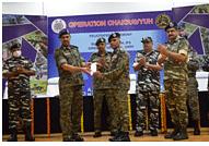DG CRPF visits Khunti, facilitates team that neutralised Budeshwar Oraon