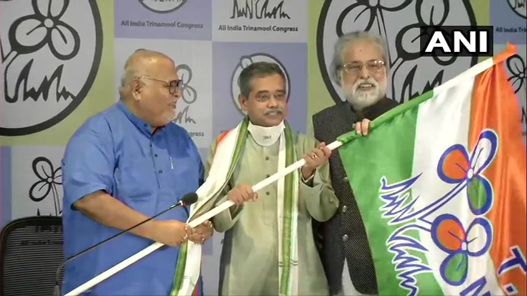 Former President Pranab Mukherjee's daughter Sharmistha 'SAD' after brother Abhijit joins TMC