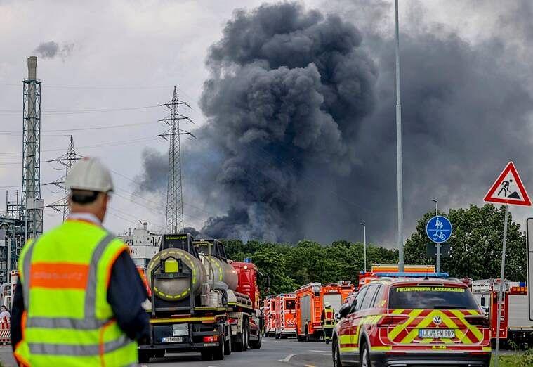 16 injured, 5 missing in explosion at German chemical hub