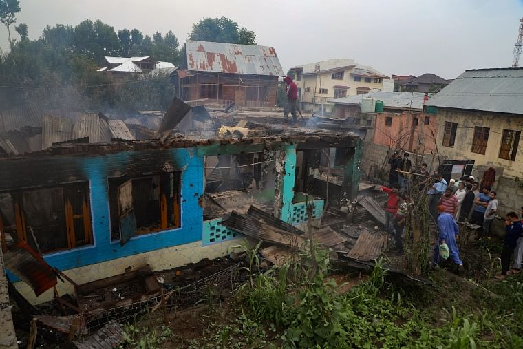J&K: Pakistan LeT commander among 3 local militants killed in Pulwama, houses damaged in encounter; see pics