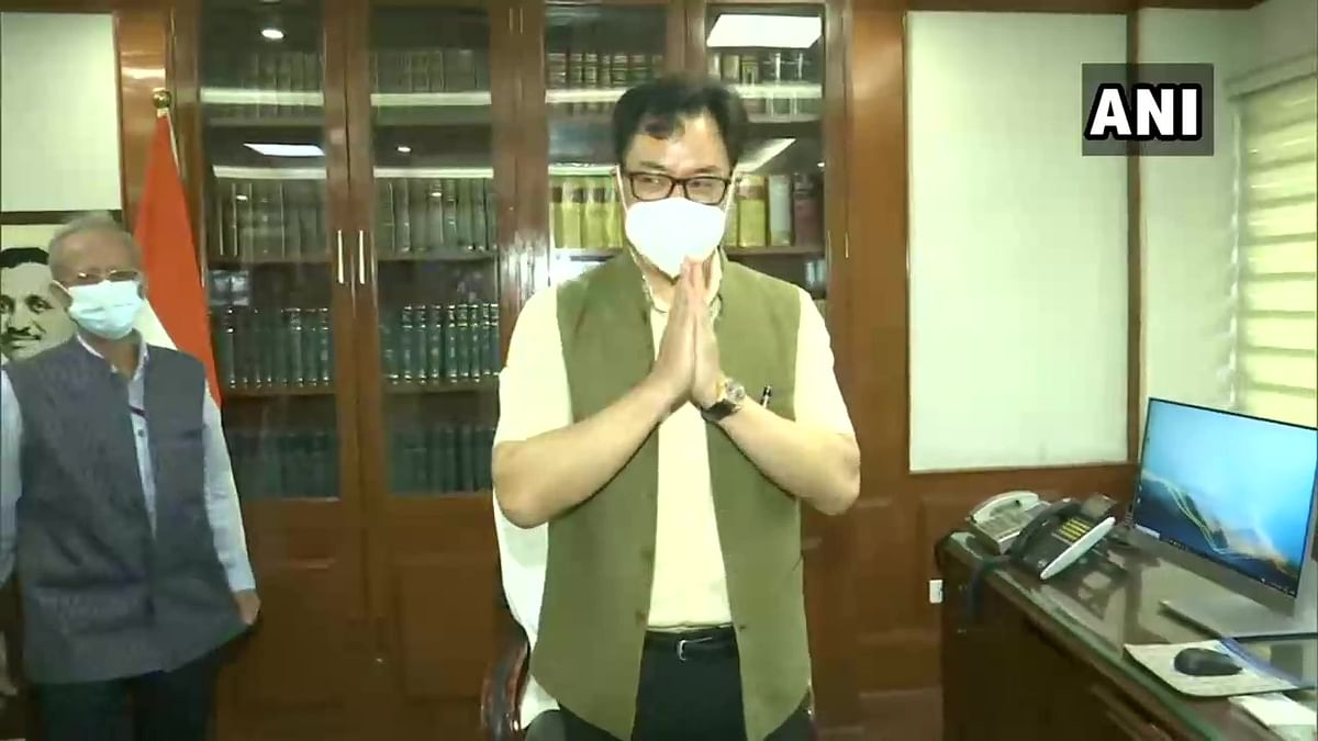 Day after Cabinet reshuffle, Kiren Rijiju takes charge as Law Minister