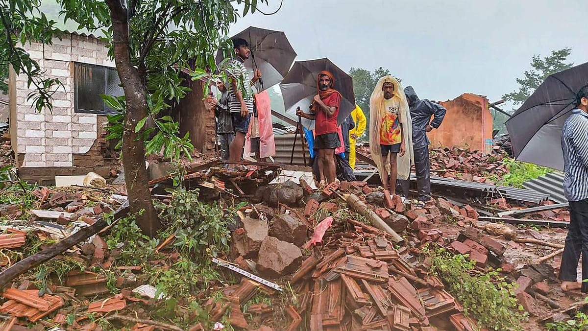 Maha Govt to provide free rice, wheat, dal & kerosene in flood-hit districts