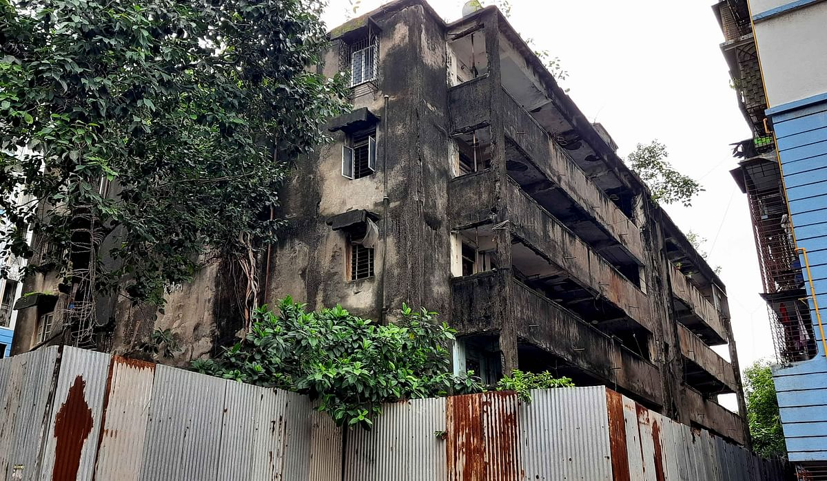 Buildings on the Brink: Work stalled since 2017 due to lack of paperwork, tenants hope Lalbaug bldg will go for redevelopment soon