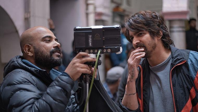 Vinil Mathew with Harshvardhan Rane on the sets of Haseen Dillruba