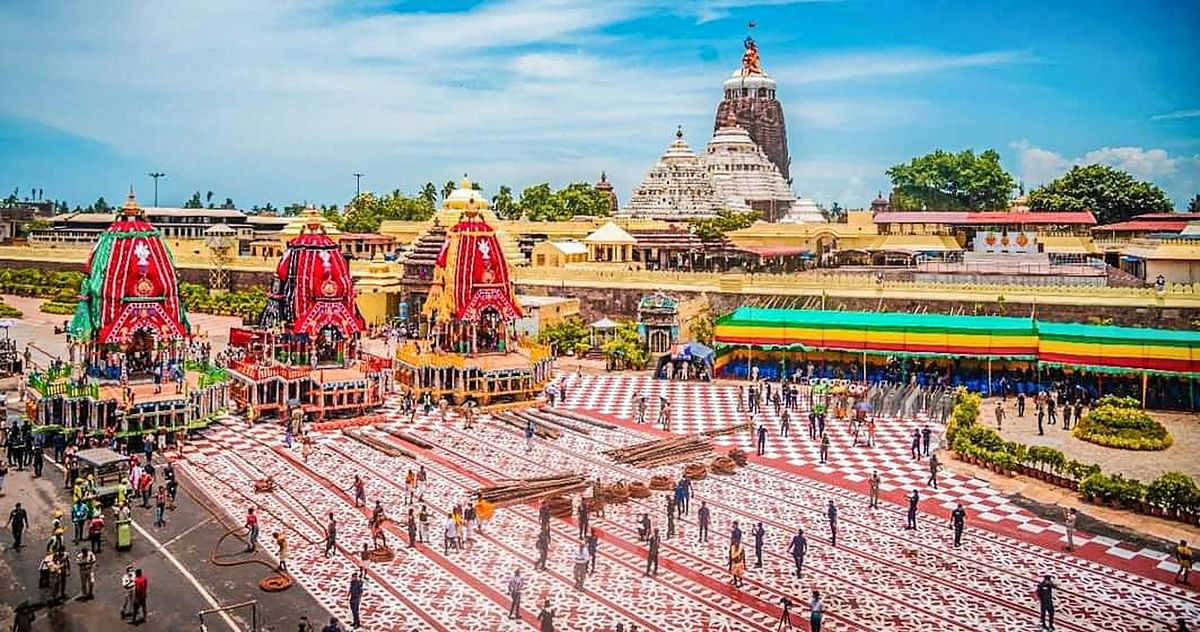 Rituals being performed during Lord Jagannath Ratha Yatra without devotees amid Covid-19 lockdown restrictions, in Puri