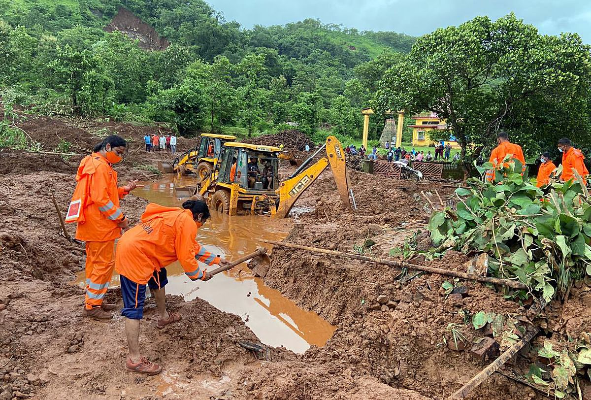 Maharashtra rain fury: 149 dead, 50 injured, 60 still missing; 25 NDRF, 4 SDRF teams carrying out rescue operations