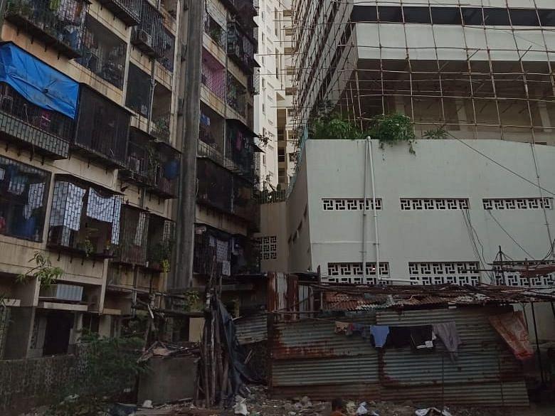 Mumbai: Andheri SRA building tenants complain against builder over failure to handover RG plot