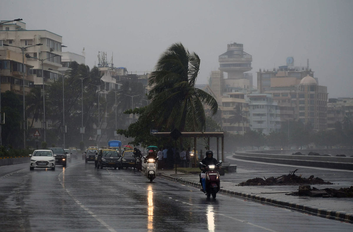 Mumbai weather update: City wakes up to cloudy skies; IMD predicts moderate to heavy rainfall