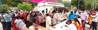 One-day grievance redressal camp was organised at west discom office in Barwani on Friday