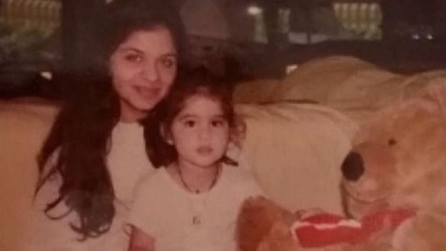 Sara Ali Khan's aunt Saba shares unseen pics of actress and Ibrahim Ali Khan