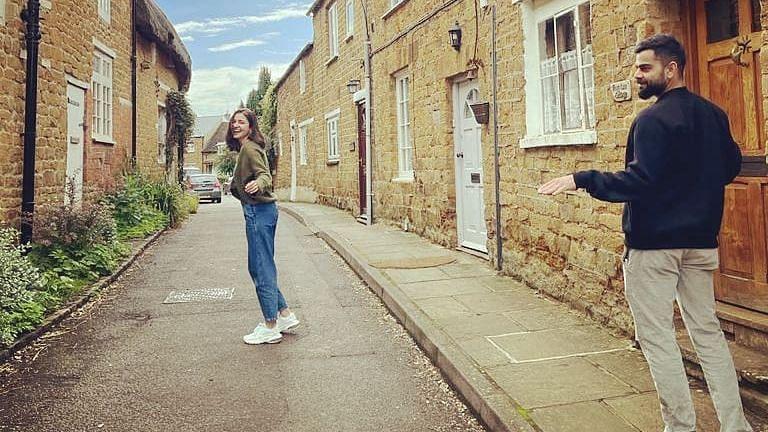 Here's how Anushka Sharma made her 'fan' Virat Kohli happy while exploring the streets of UK; see pics